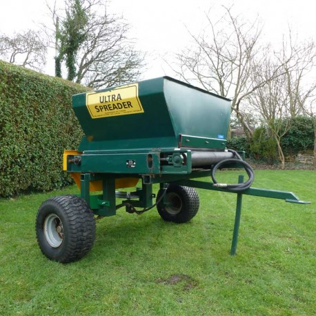 Towable Ultra Spreader UB30S Twin Disk Hydraulic Spinner Top Dresser