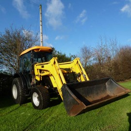2008 JCB 354 Turbo Compact Tractor With Loader Bucket