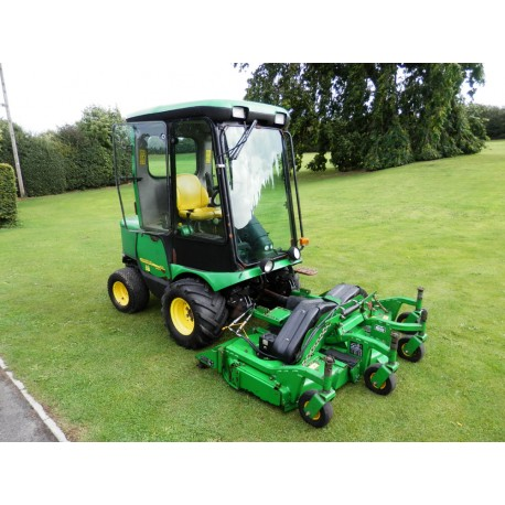 2006 John Deere 1545 Series II Ride On Rotary Mower