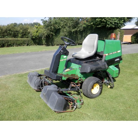 1996 John Deere 2243 Ride On Cylinder Mower
