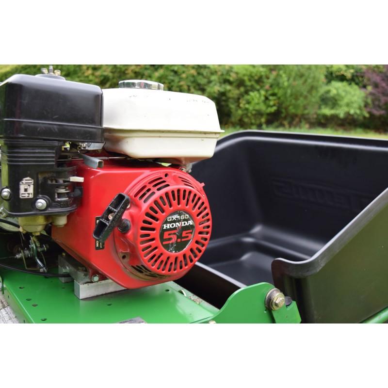 Used 2004 Dennis G560 5 Blade Cylinder Mower For Sale