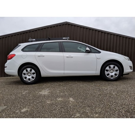 Used 2012 Vauxhall Astra Estate Exclusive 1 7 Cdti Ecoflex