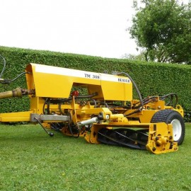 Beaver TM308 Hydraulic Trailed Triple Gang Cylinder Mower